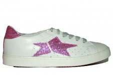 fake-tennis-shoe-glitter