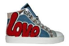 Jarret-hi-top-love