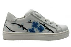 freesby-sneaker-embroidery