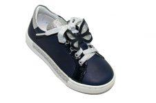 ninette-sneaker-blauw-vlinder-bovenkant
