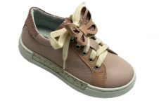 ninette-sneaker-roze-vlinder-bovenkant